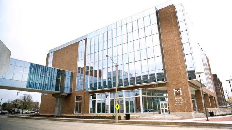ساختمان تجاری و درمانی